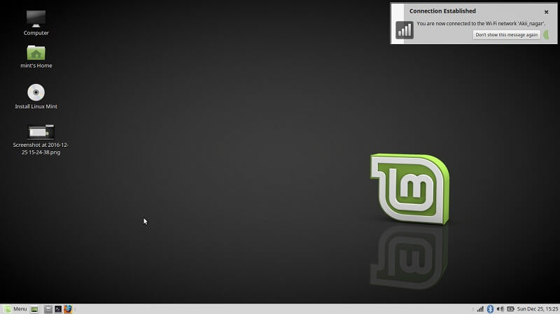 Linux mint desktop - dual boot ALinux Mint and Winodws 10